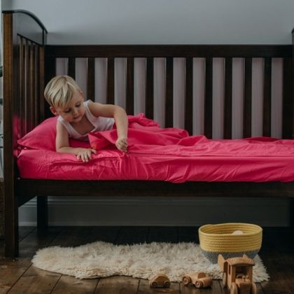 Fuchsia Cotton Kids Zip Sheets - Crib Size